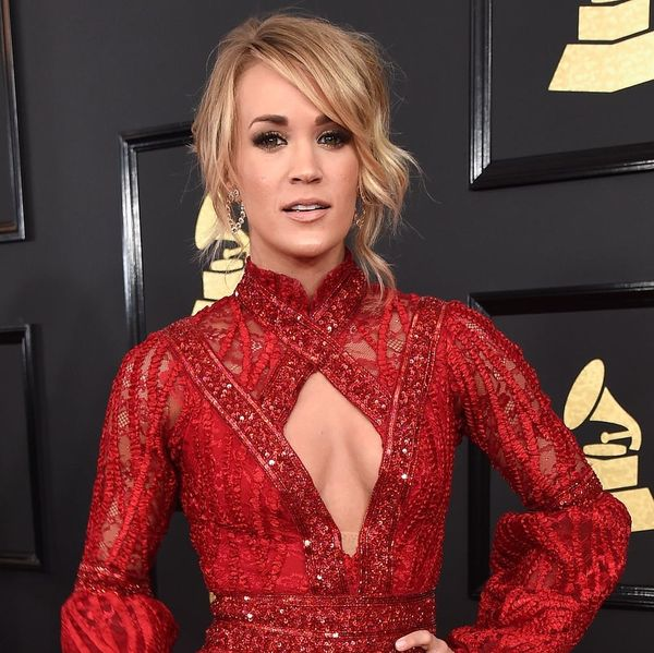 Carrie Underwood and Faith Hill Accidentally Showed Up to the Grammys in Matching Dresses