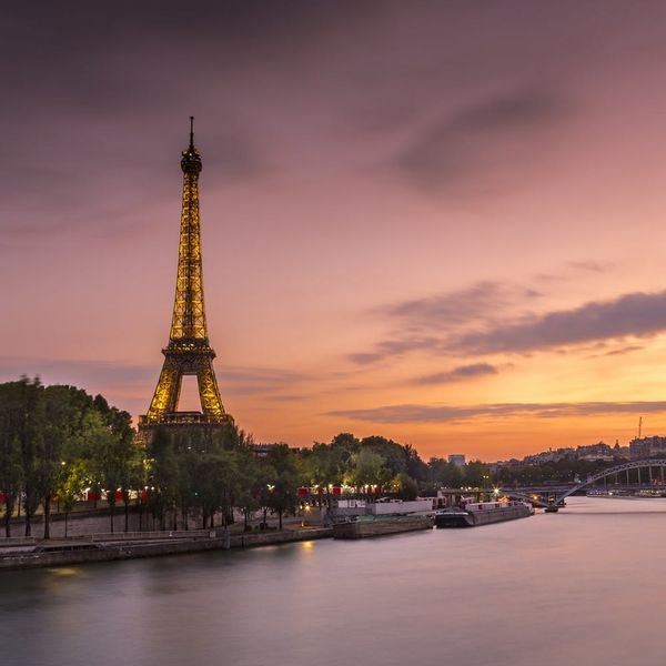 Paris Is Planning to Surround the Eiffel Tower With Bulletproof Glass