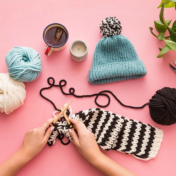 Finally! Learn How To Knit An Infinity Scarf and Beanie