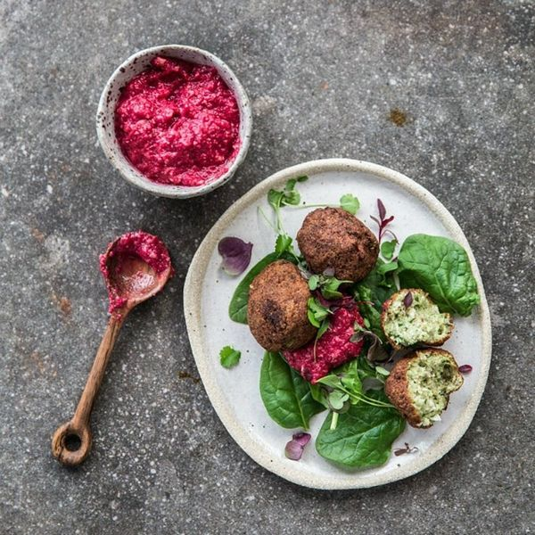 14 Dinner Recipes That Prove Falafel Won't Make Ya Feel Awful on Meatless Monday