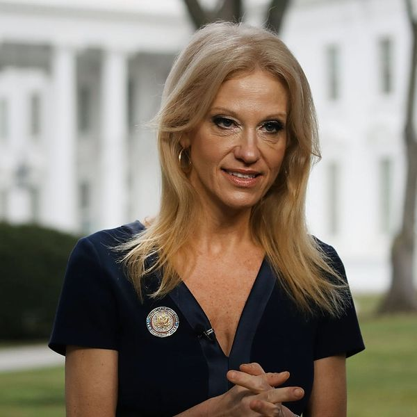 """Cosmo Just Revealed Concerning New Info About Kellyanne Conway's """"Bowling Green Massacre"""""""