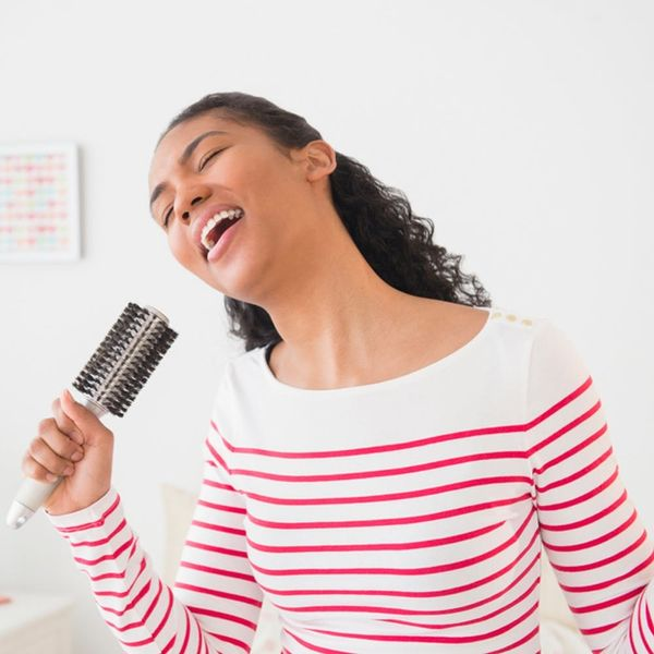 6 Reasons Singing Should Replace Your Daily Yoga