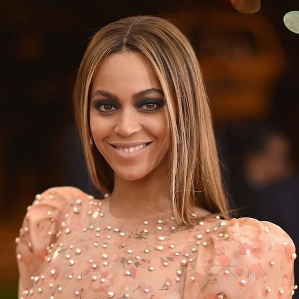 Morning Buzz! There's Another New Beyoncé Clue and it Has to Do With the Super Bowl + More