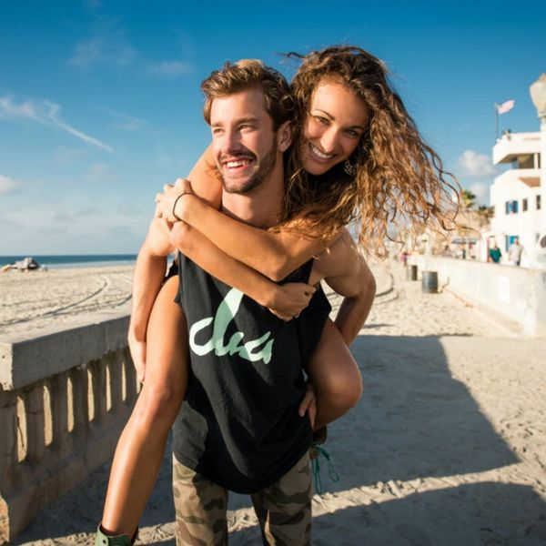7 College Kids Weigh In: Is Dating Dead Among Millennials?