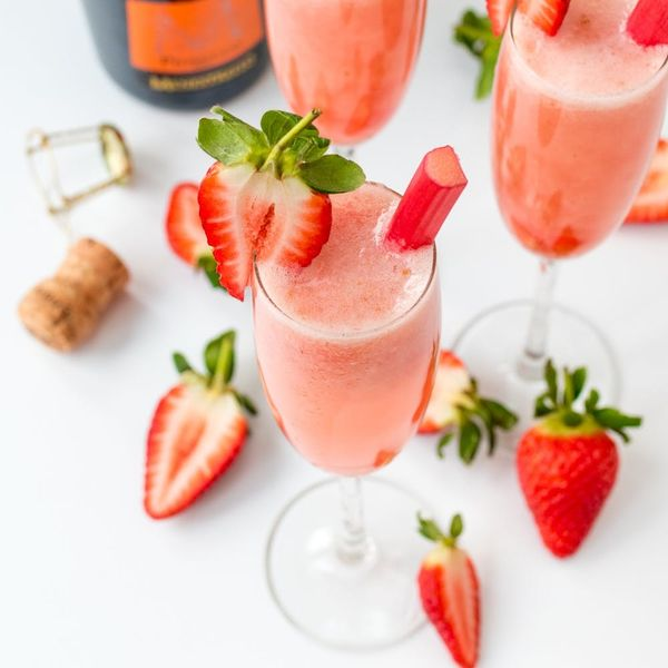 Celebrate the Oscars in Style With OurStrawberry And Rhubarb Bellinis