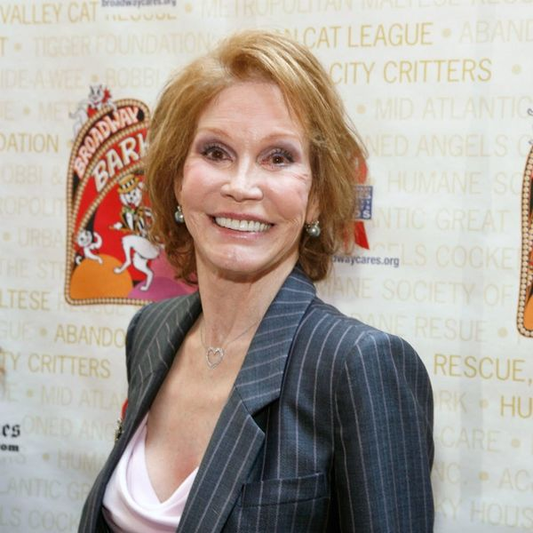 Mary Tyler Moore Has Passed Away and Hollywood's Reaction Is Beautifully Heartfelt