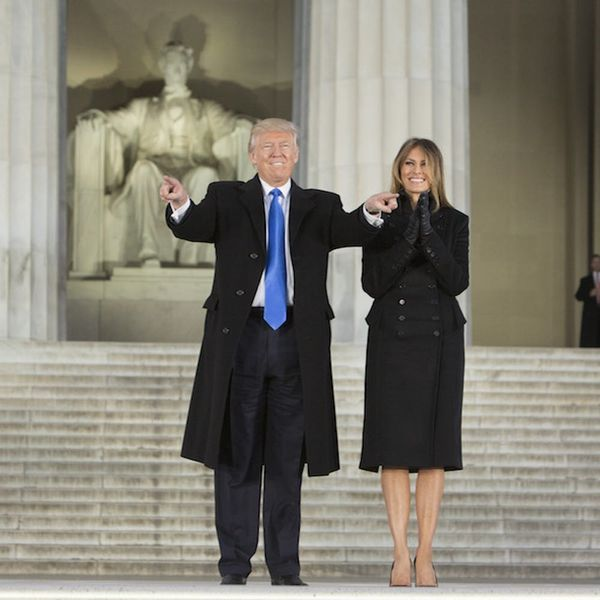 Morning Buzz! This Pic of the Crowd at Trump's Inaugural Concert vs. Obama's Is Shocking + More