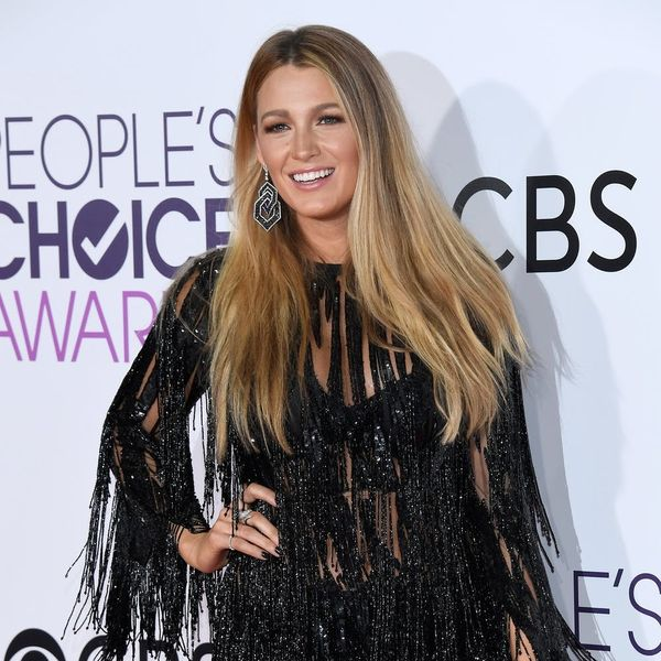 Blake Lively's Awkward People's Choice Awards Thank-You Speech Will Make You Confused (But Also Happy)
