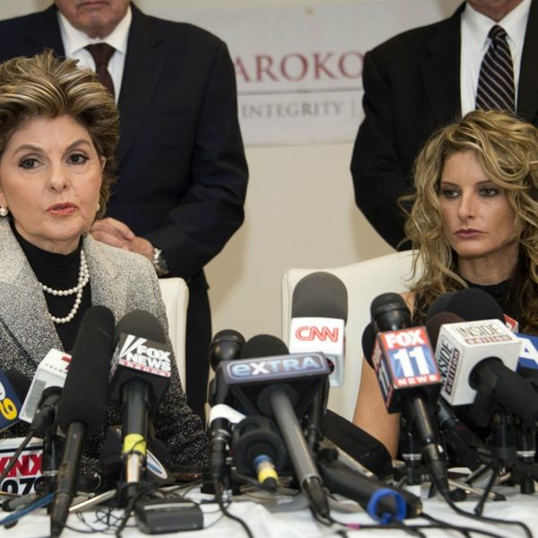 A Former The Apprentice Contestant Has Filed a Lawsuit Against PEOTUS Donald Trump (and It Doesn't Look Great for Him)