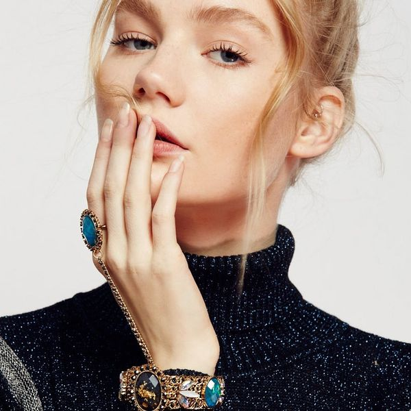 16 Insta-Worthy Pieces of Statement Jewelry to Step Up Your LBD Stat