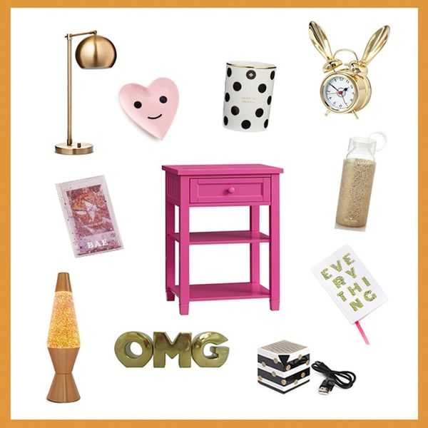 3 Ways to Decorate Your Nightstand to Make It Trendy AF