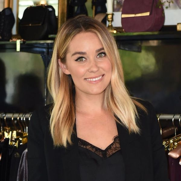 Morning Buzz! Lauren Conrad Debuts Her Baby Bump in Perfect Laid-Back Pregnancy Style + More