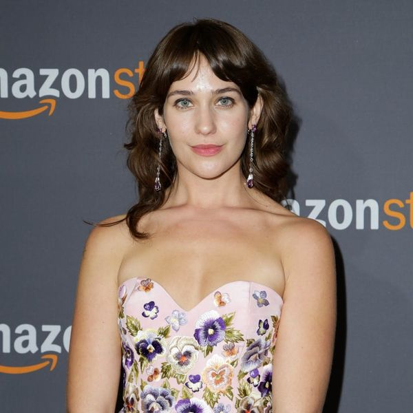Lola Kirke Responds to the Hate She Got for Having Hairy Armpits at the Golden Globes