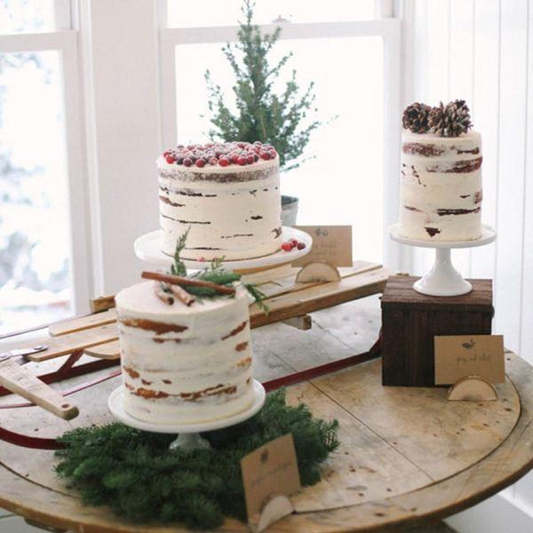 14 of the Prettiest Winter Wedding Desserts EVER