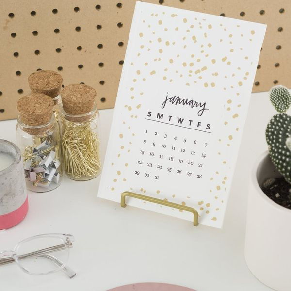 Download This Free Printable 2017 Desk Calendar for Your Workspace