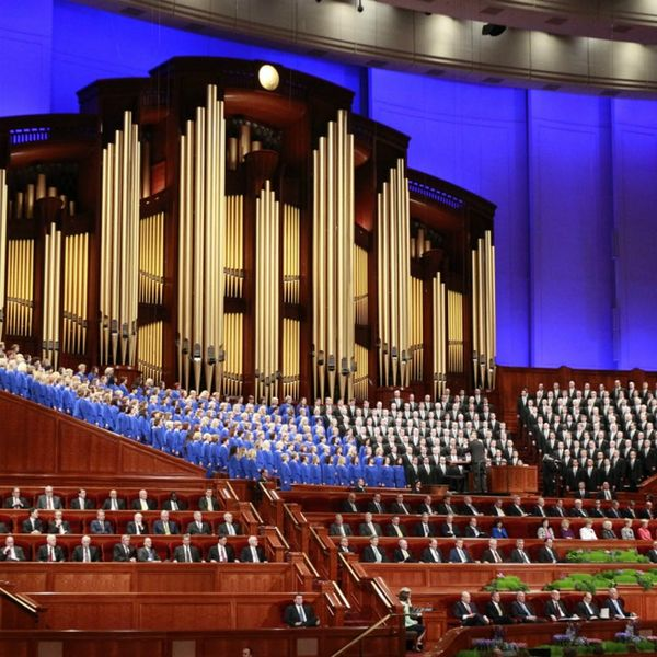 Member of the Mormon Tabernacle Choir Has Quit to Avoid Performing for Donald Trump's Inaguration