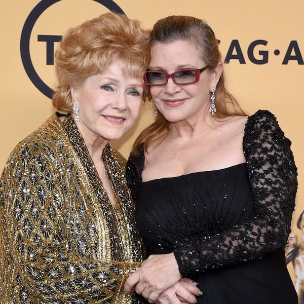 Morning Buzz: Legendary Actress Debbie Reynolds Dies One Day After Her Daughter Carrie Fisher + More