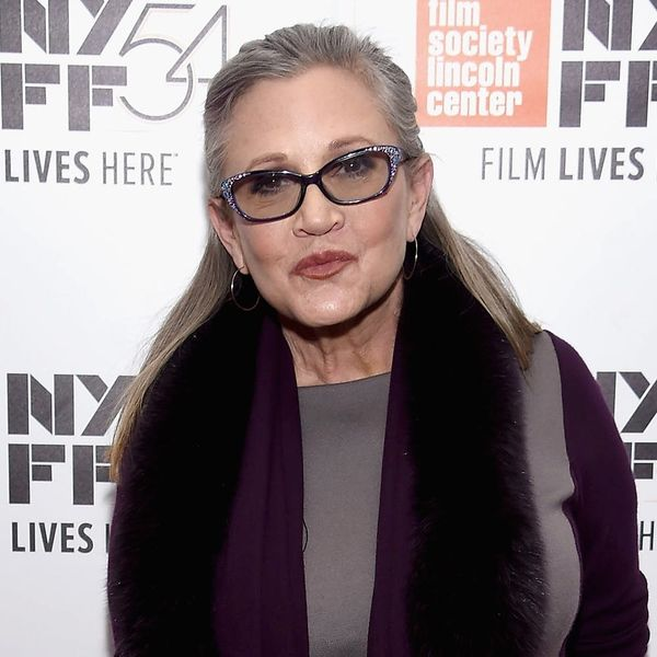 Celebs React to the Heartbreaking News of Carrie Fisher's Passing