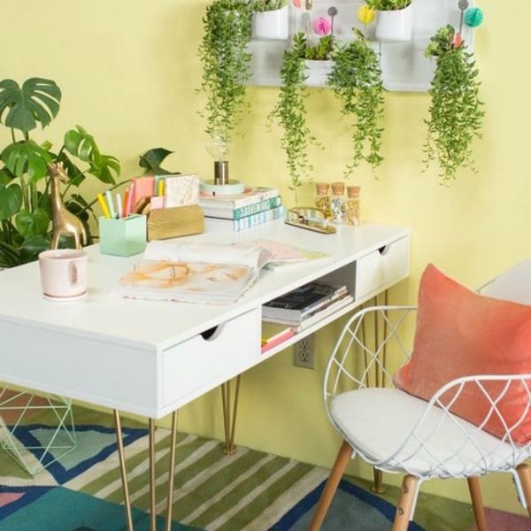 20 Pantone-Inspired Rooms That Were Ahead of Their Time