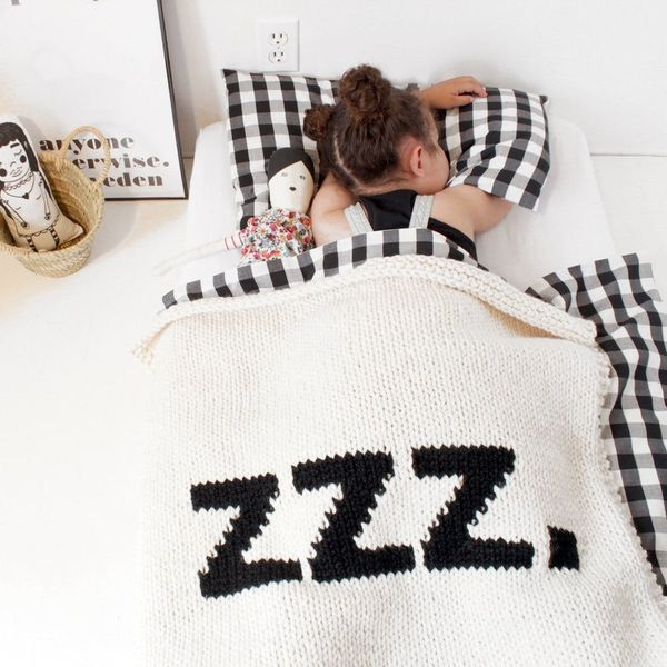 8 Cozy Blankets for Winter Babies
