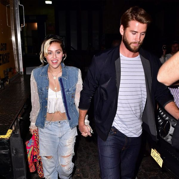Liam Hemsworth Joins Miley Cyrus' Family for an Adorable Holiday Pic