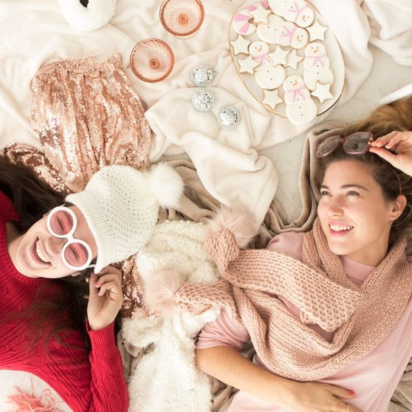 The Ultimate Guide to a Ladies-Only Holiday Pajama Party