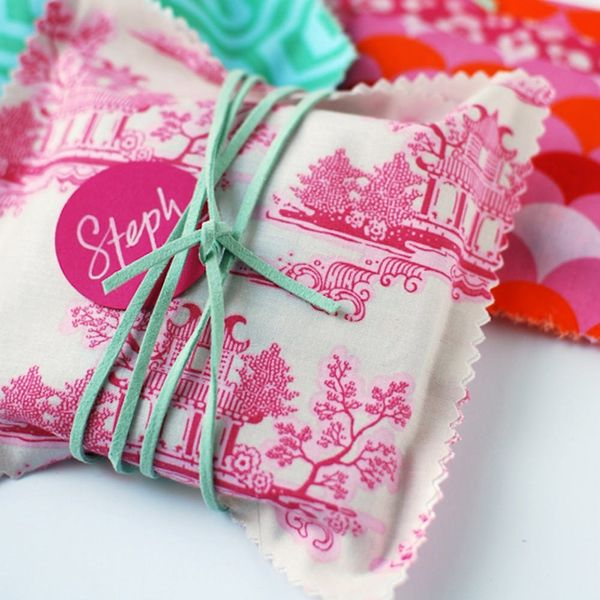12 Creative Alternatives to Traditional Wrapping Paper