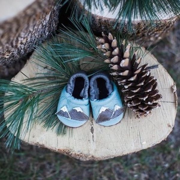 5 Winter Baby Shower Themes That Are Cool As Ice