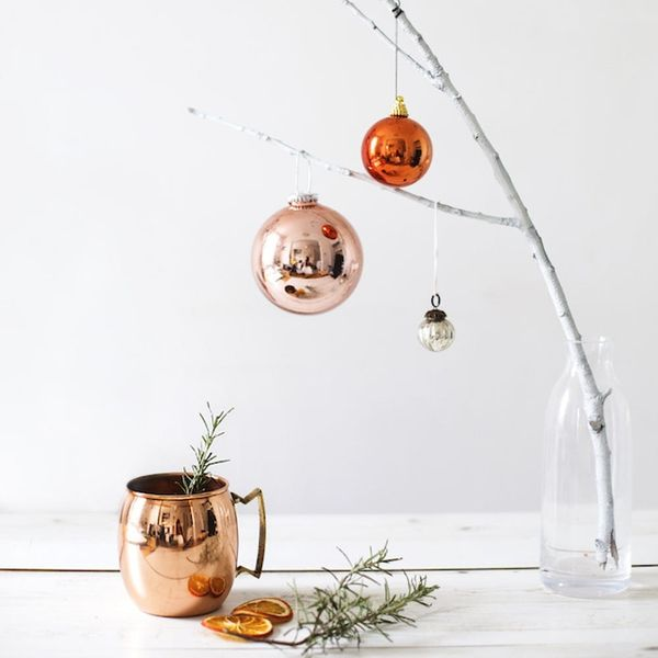 14 Scandi Decor Ideas for a Very Merry Minimalist Holiday