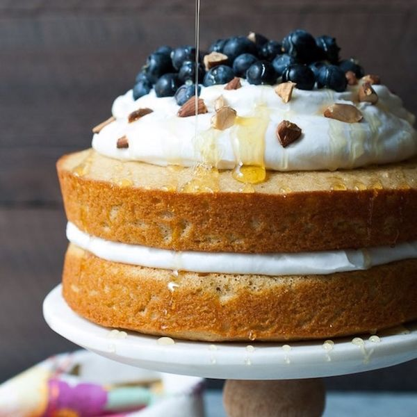 15 Olive Oil Cakes to *Wow* the Entire Family