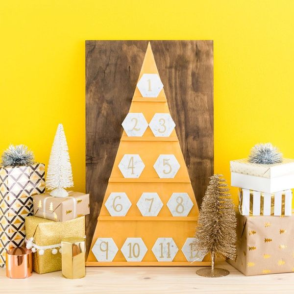 Count Down to Christmas With This Marbled Advent Calendar