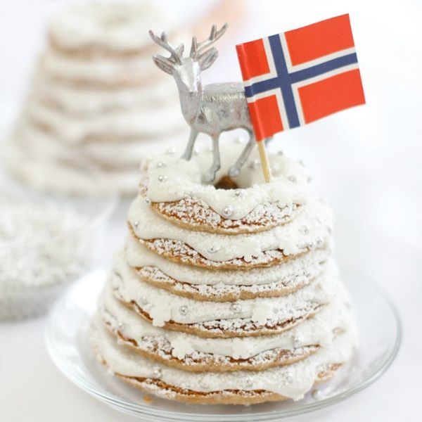 """20 Times We Said """"Yes, Please!"""" to Holiday Foods from Around the World"""
