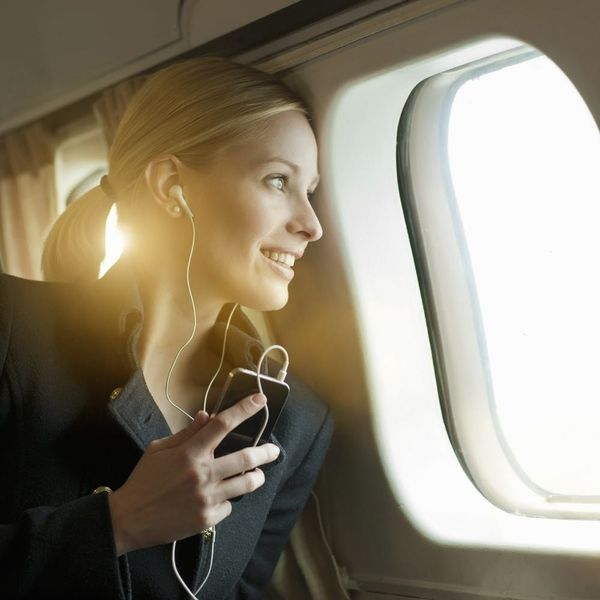 How to Beat Jet Lag and Exhaustion During Holiday Travel