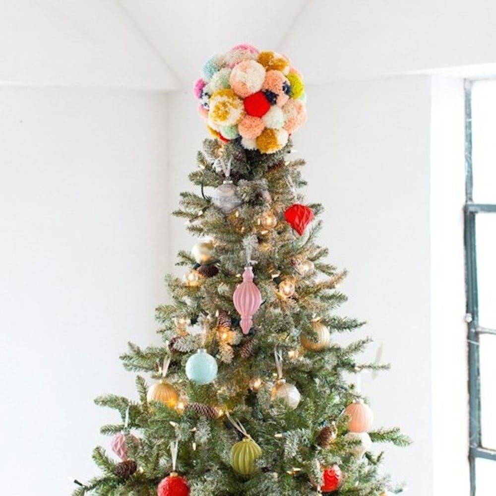 The 25 Best Christmas Tree Topper Ideas You Can Buy Or Diy Brit Co