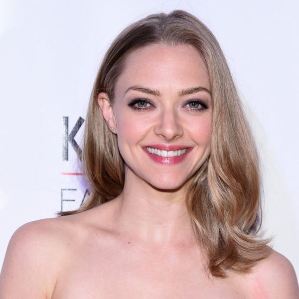 Morning Buzz! Amanda Seyfried Reveals She's Pregnant by Bringing Her Baby Bump to the Red Carpet + More