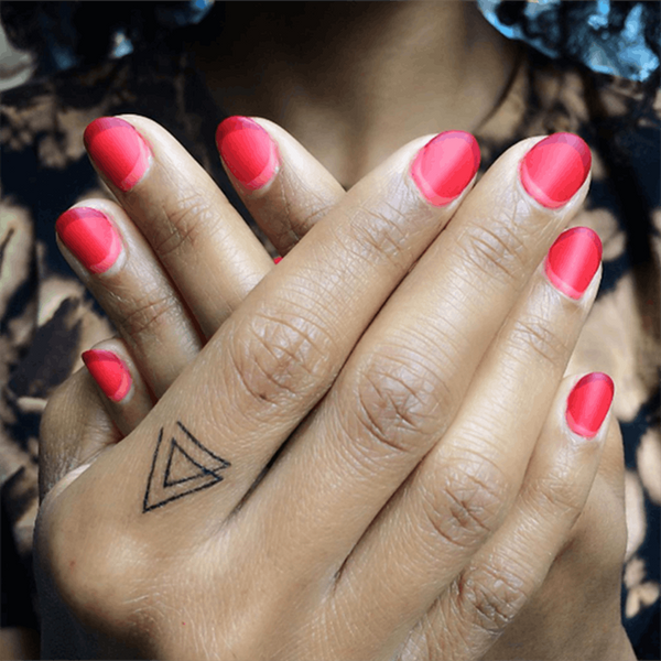 This Double Crescent Nail Trend Is Taking Over Instagram