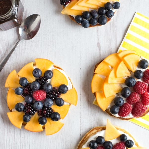 Make Your Breakfast More Beautiful With These Pancake Fruit Tarts!