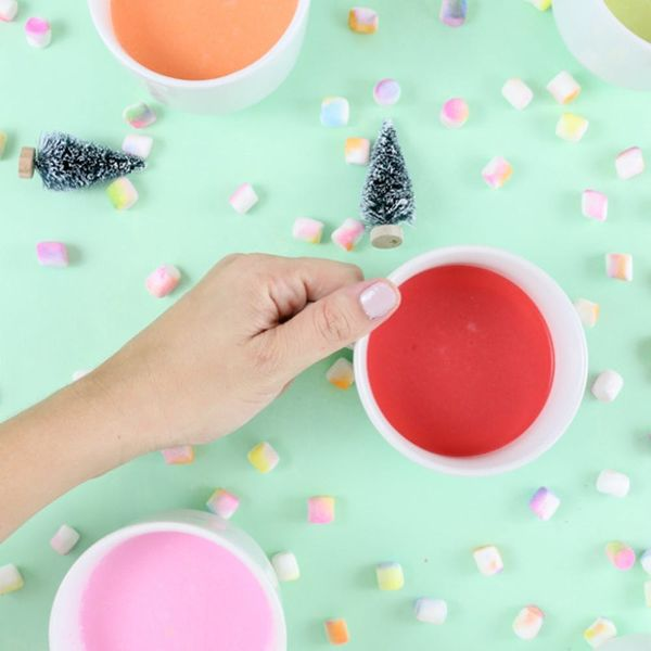 What to Make This Weekend: Colorful Cocoa, a Cactus Christmas Tree + More