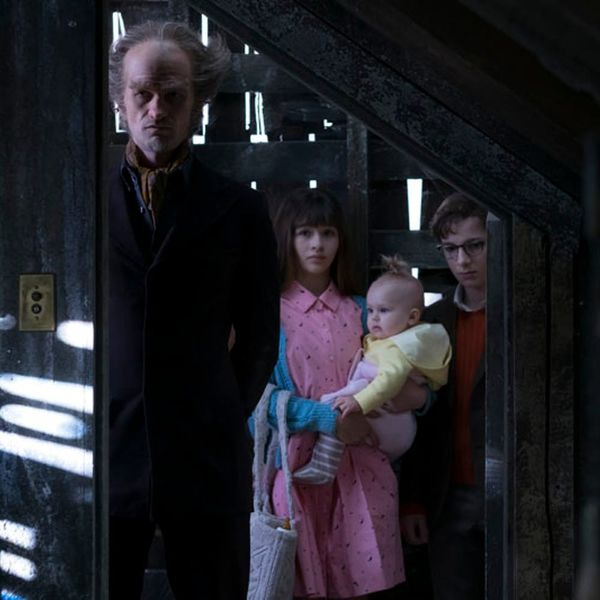 New Series of Unfortunate Events Trailer Reveals Misfortune, Despair and Creepy Awesomeness
