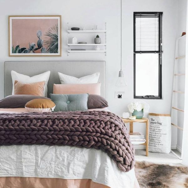 Nail Fall's Coziest Trends With These 20 Chunky Blankets to Buy or DIY