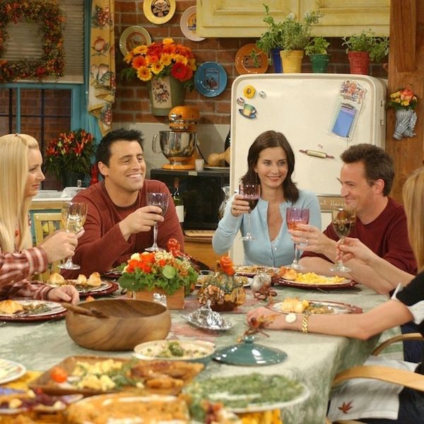 The Rules of Friendsgiving, According to Our Favorite TV Squads