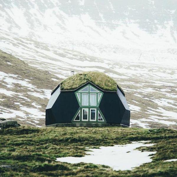 23 Cozy Cabins on Instagram to Ignite Your Winter Wanderlust
