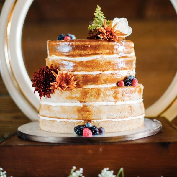 15 Gorgeous Naked Wedding Cakes Perfect for Fall Nuptials
