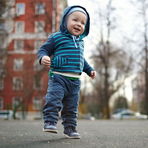8 Perfect Shoes for Your Baby's First Steps