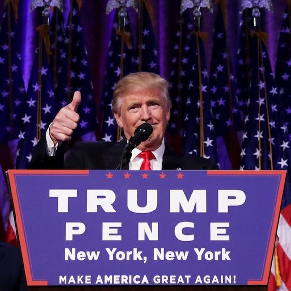 Morning Buzz: Holy Crap, Donald Trump Is the President of the United States of America + More
