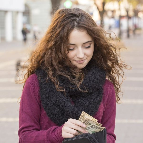 8 Things You NEED to Know About Money Before You Turn 30