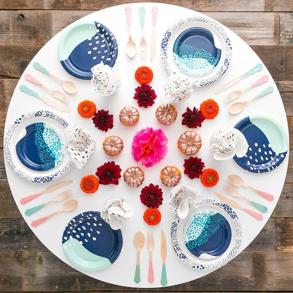 3 Hacks For Hosting a Fall Dinner Party On a Budget