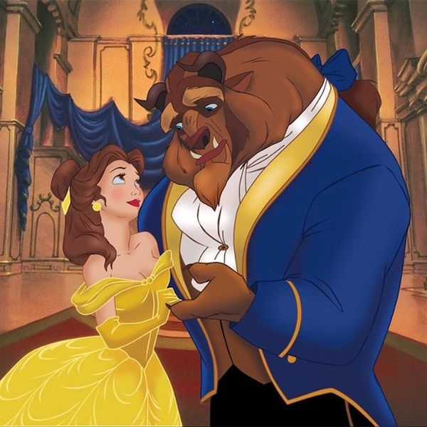 This Dad Trick-or-Treating With His Daughter As Beauty and the Beast Will Make Your Day