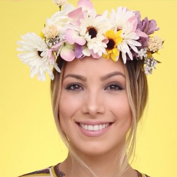 Bring the Snapchat Flower Crown Filter to Life With This Halloween Costume DIY