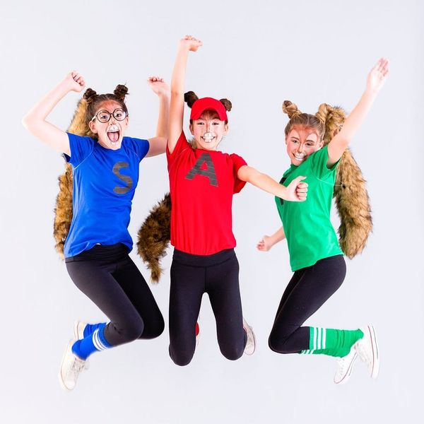 This Alvin and the Chipmunks Costume Is the Perfect Tweens Group Costume